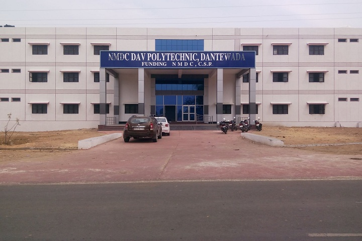 https://cache.careers360.mobi/media/colleges/social-media/media-gallery/17423/2019/2/23/Campus View of NMDC DAV Polytechnic Dantewada_Campus-View.jpg
